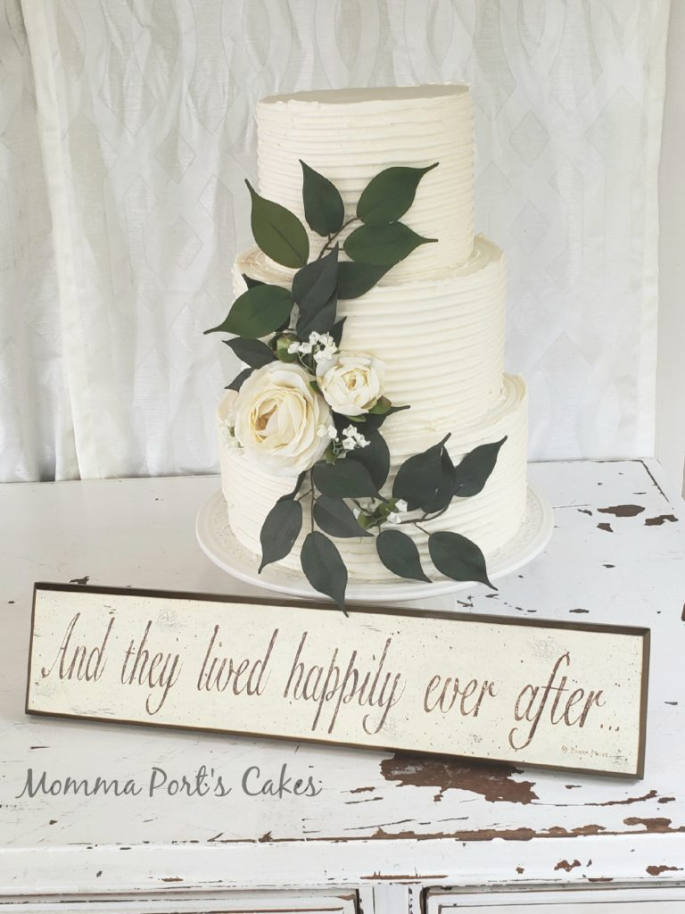 Combed wedding cake